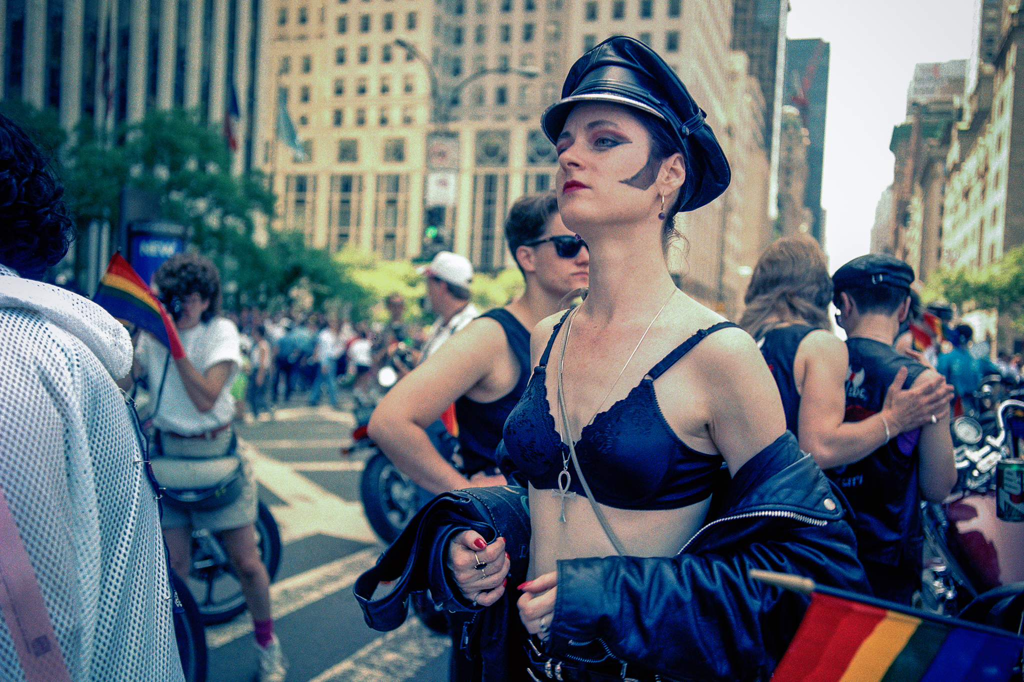 """""""A Queer History of Fashion: From the Closet to the Catwalk"""""""