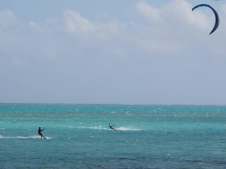 El paradís del 'kitesurf'