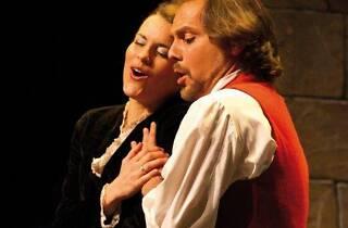 Sarsuela al Teatre Victòria: Cançó d'amor i de guerra