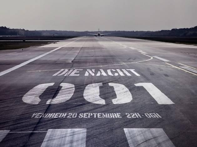 Die Nacht 001 : dansez au milieu des avions Concorde