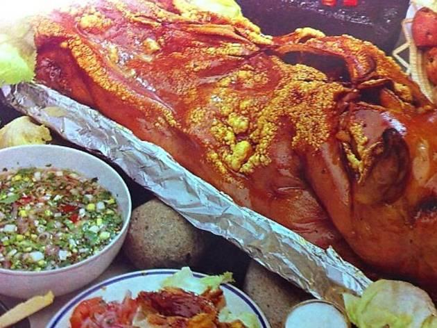 """""""Fritada de Bucay"""" pig roast"""