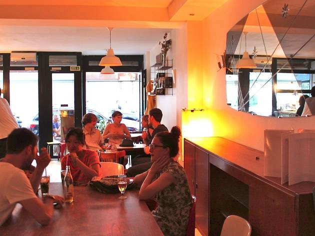 Le Cir 233 Jaune Bars And Pubs In Folie M 233 Ricourt Paris