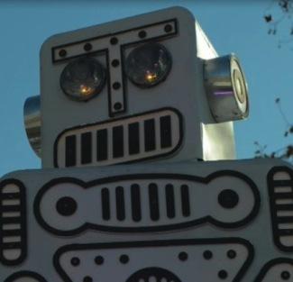 Robots up-close + UFO MC 14