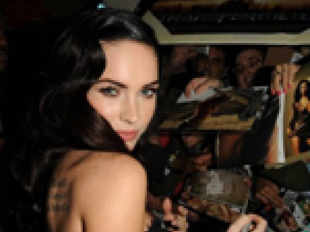 Megan Fox shows off Body