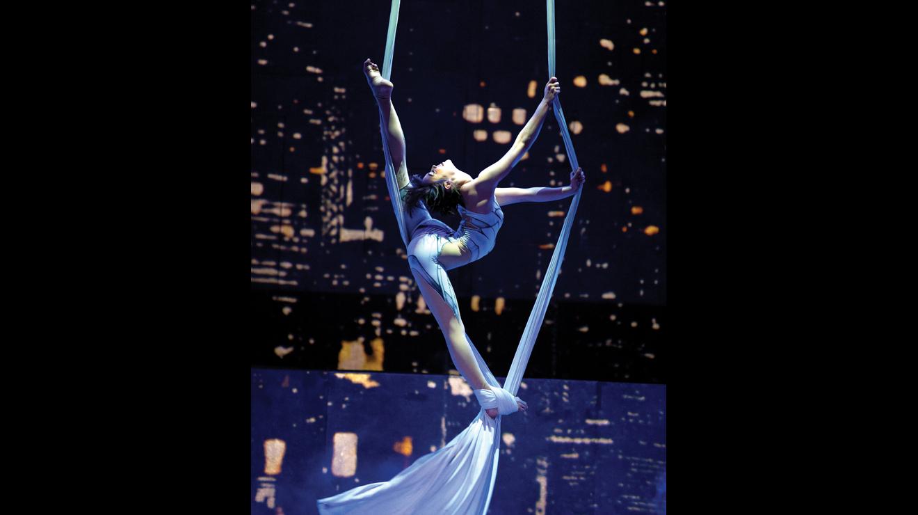 Cirque Eloize: iD