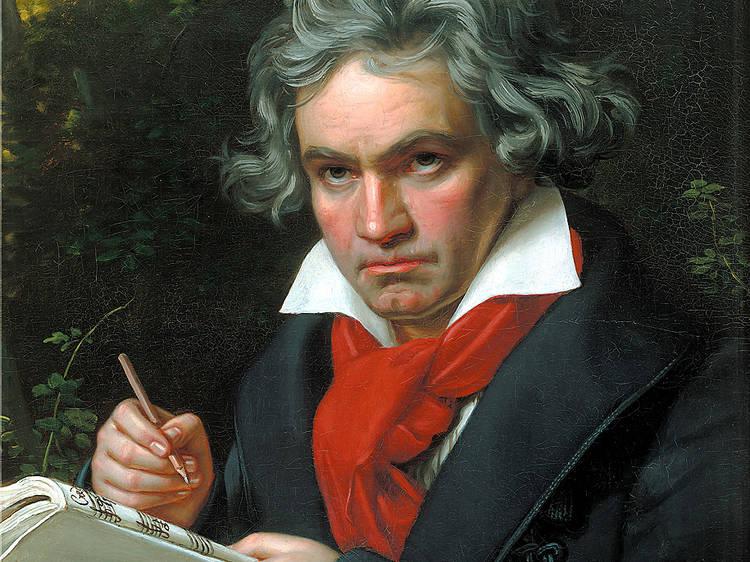Oito sonatas para piano de Beethoven que precisa de ouvir
