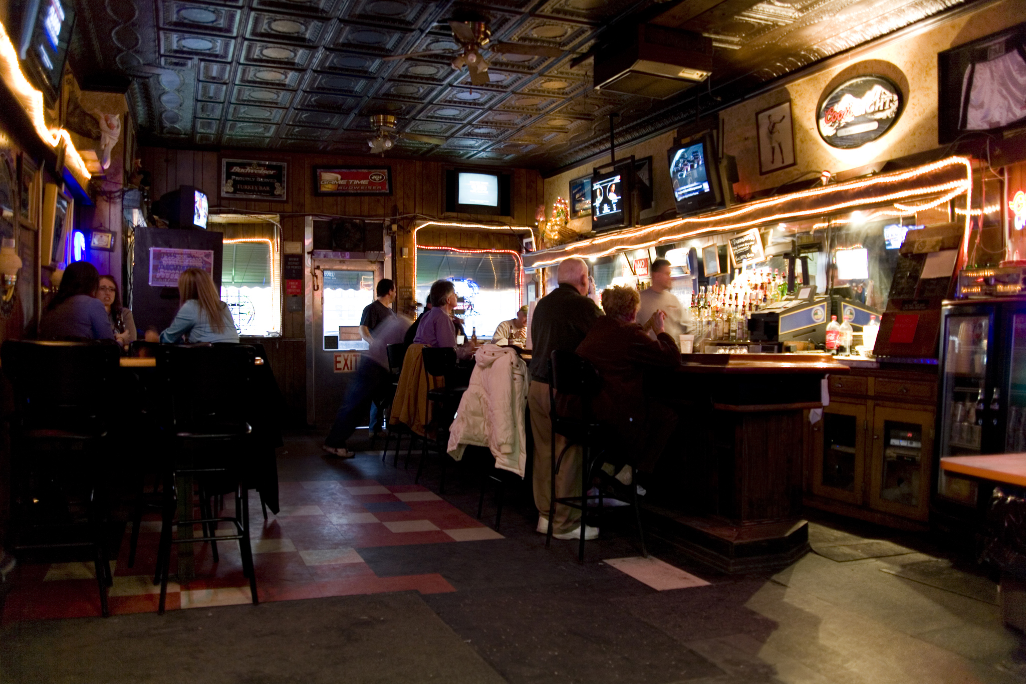 Turkey's Nest Tavern