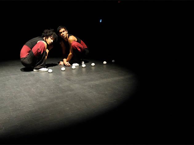 Dance: Circuits Fermes - Defracto