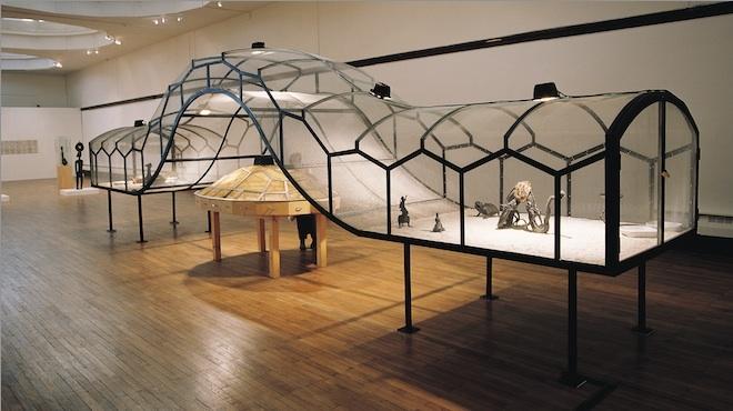 Huang Yong Ping - 'Ceinture'