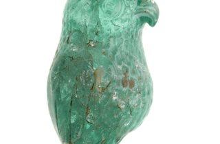 Emerald Carved Parrott (© Museum of London)
