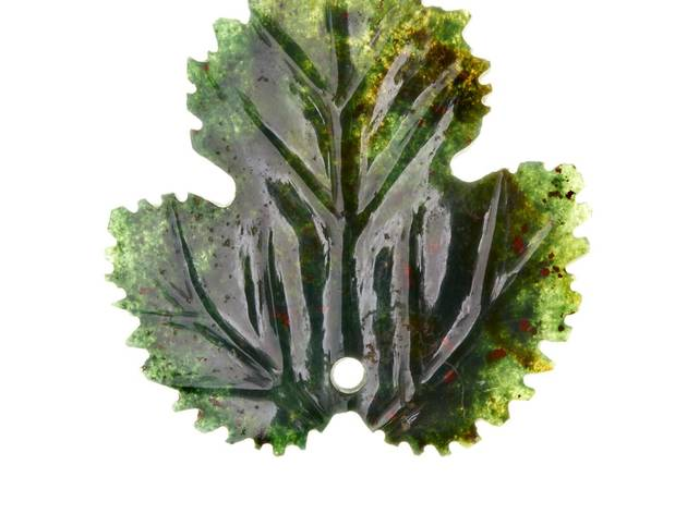 Bloodstone Strawberry Leaf (© Museum of London)