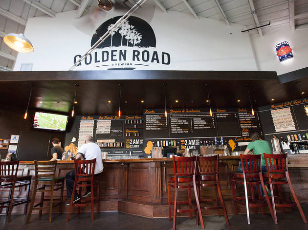 <p>Golden Road Brewing</p>