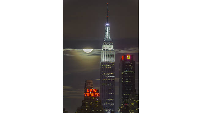 "The winning photo of the ""My Empire State Building"" contest"