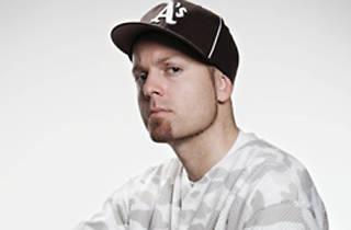 Nitsa: DJ Shadow + Kosmos