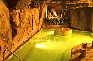 sauna, hot spring, beverly hot springs