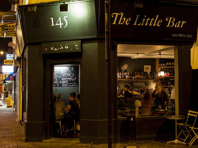 The Little Bar (© Ming Tang-Evans)