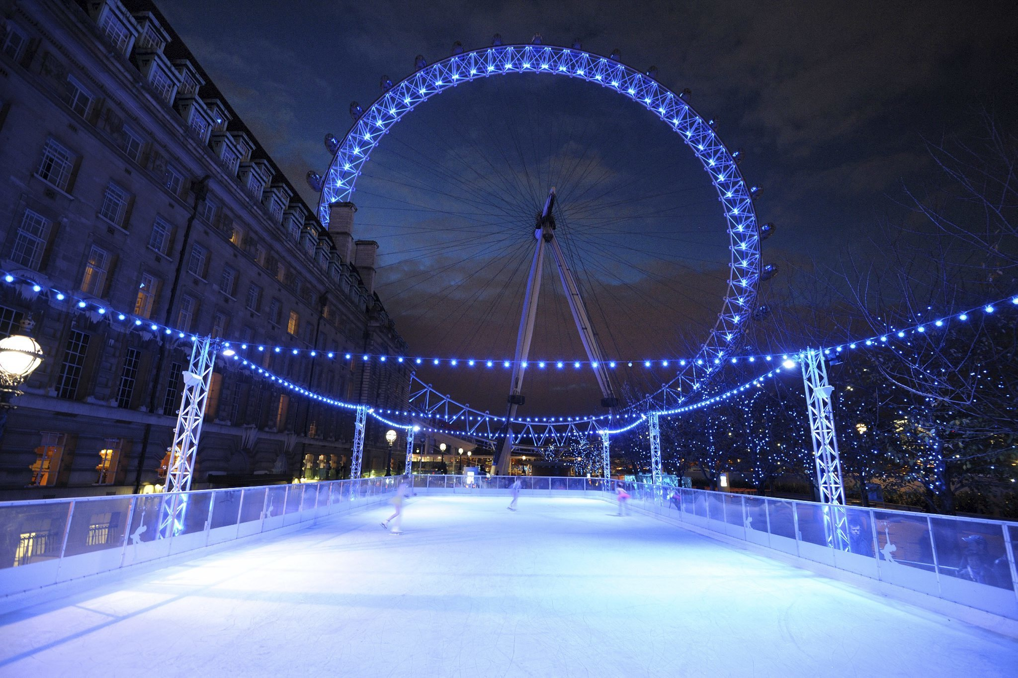 Ice skating in London – Outdoor ice rinks – Christmas in London ...