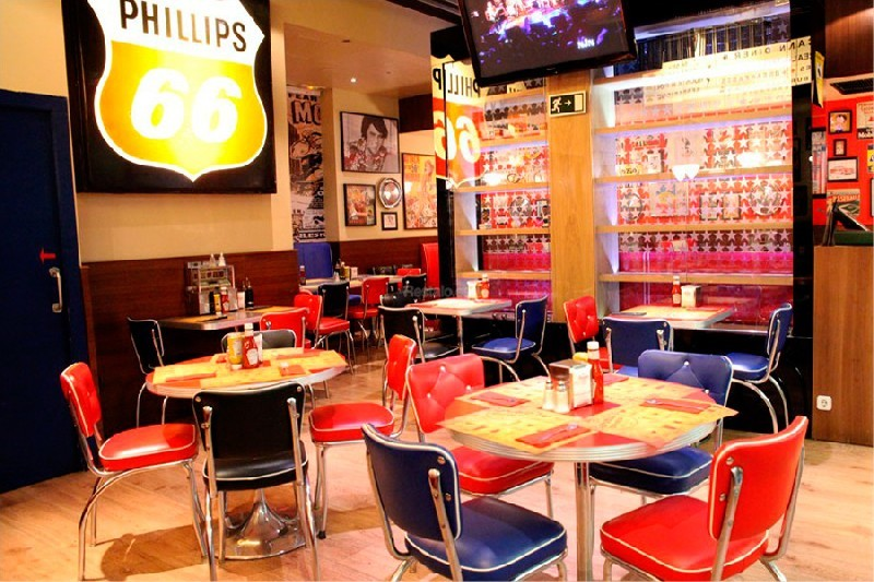 Bernie's Diner Grill & Bar Barcelona