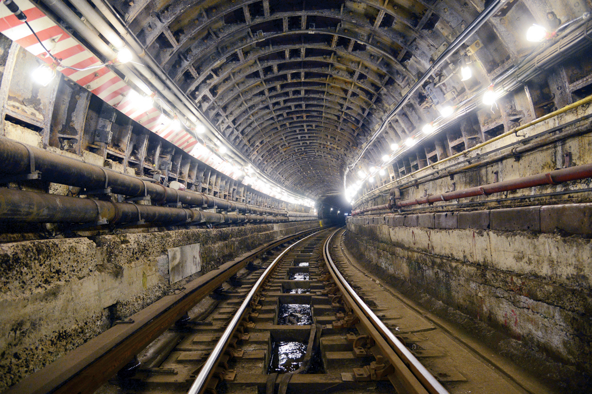 The project: Repairs to the Greenpoint and Montague tunnels