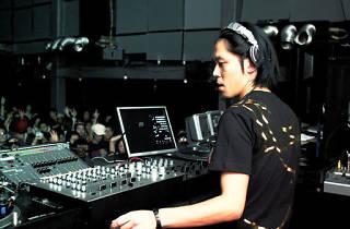 Ken Ishii + Latzaro