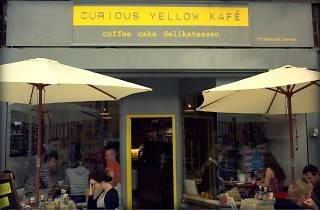 Curious Yellow Kafé
