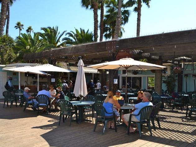 Doug's Harbor Reef Restaurant & Bar