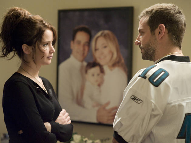 Jennifer Lawrence y Bradley Cooper en escena de Silver Linings Playbook
