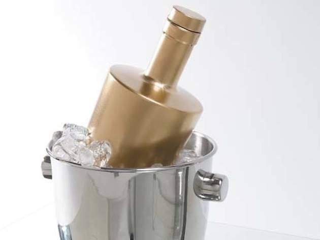 424.ac.ft.luxury.bottleservice1.jpg