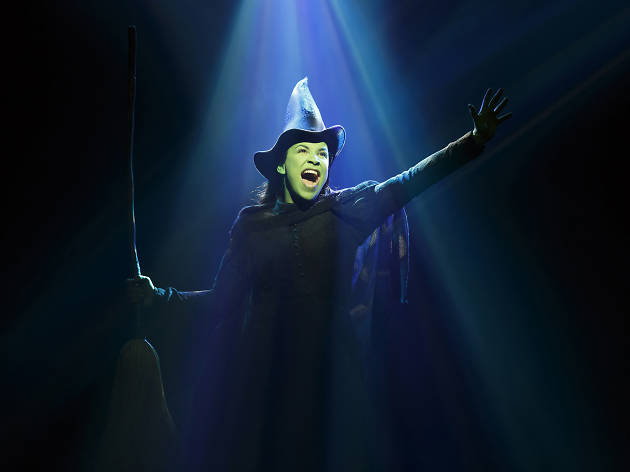Linsdsay Mendez in Wicked