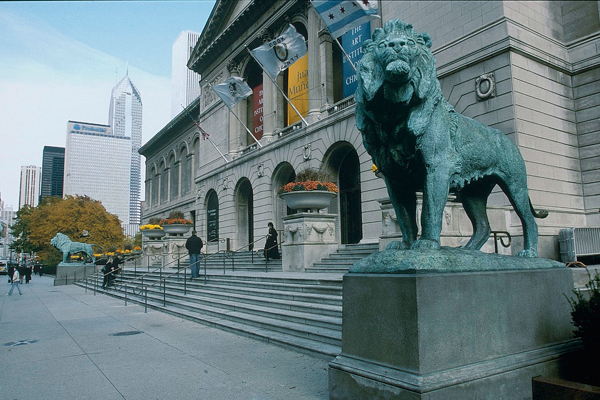 Find a masterpiece at Art Institute of Chicago