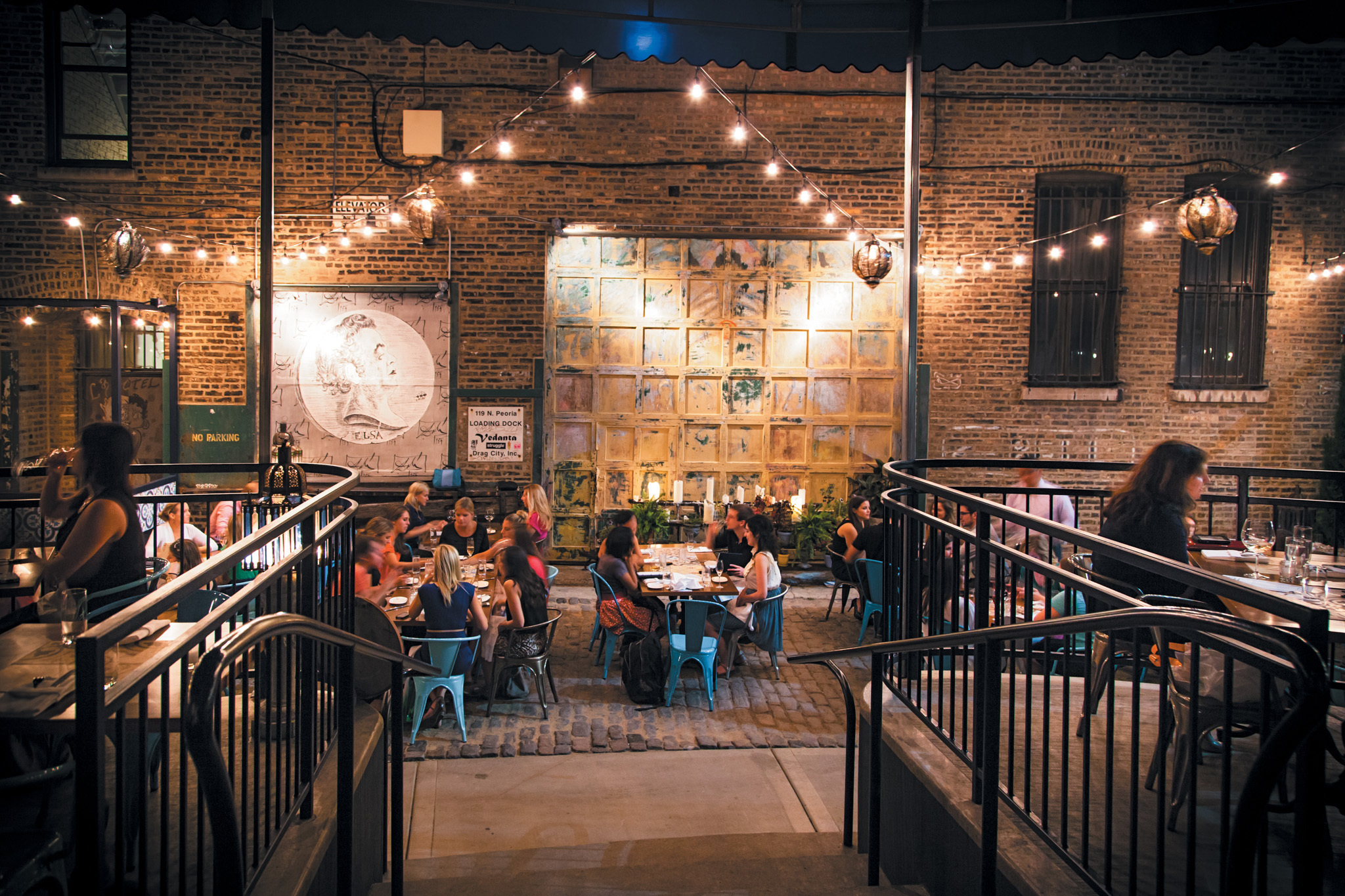 15 Romantic Restaurants In Chicago