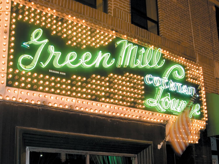 Tap your toes to late-night jazz at the Green Mill