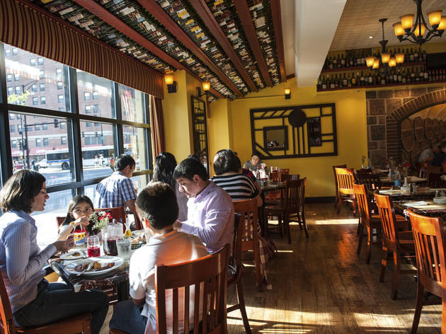Best Spanish Restaurants In Chicago Tapas Paella And More