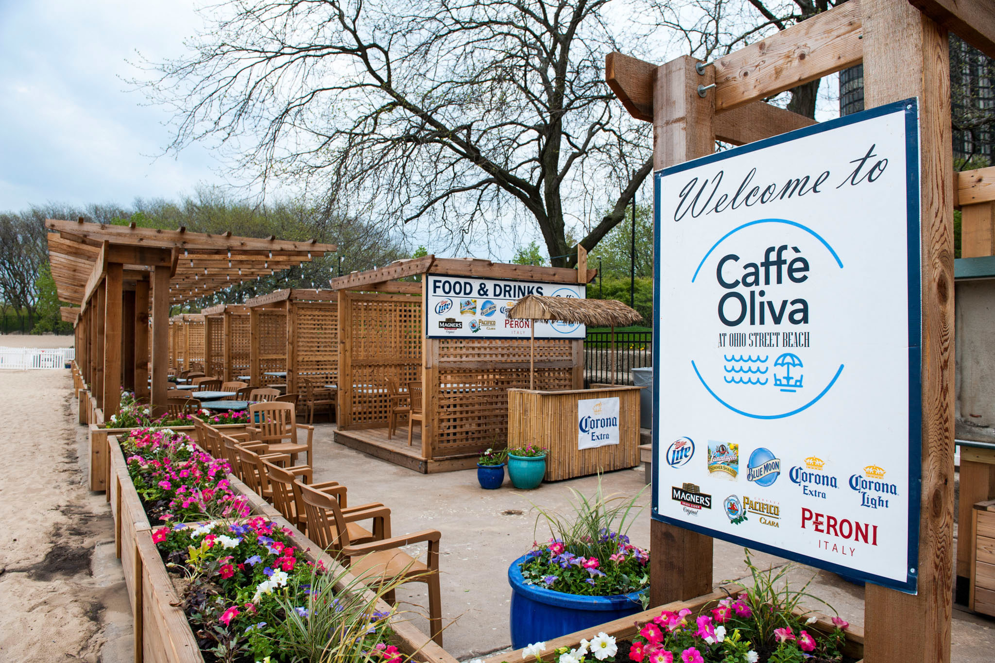 CaffeOliva.venue.jpg