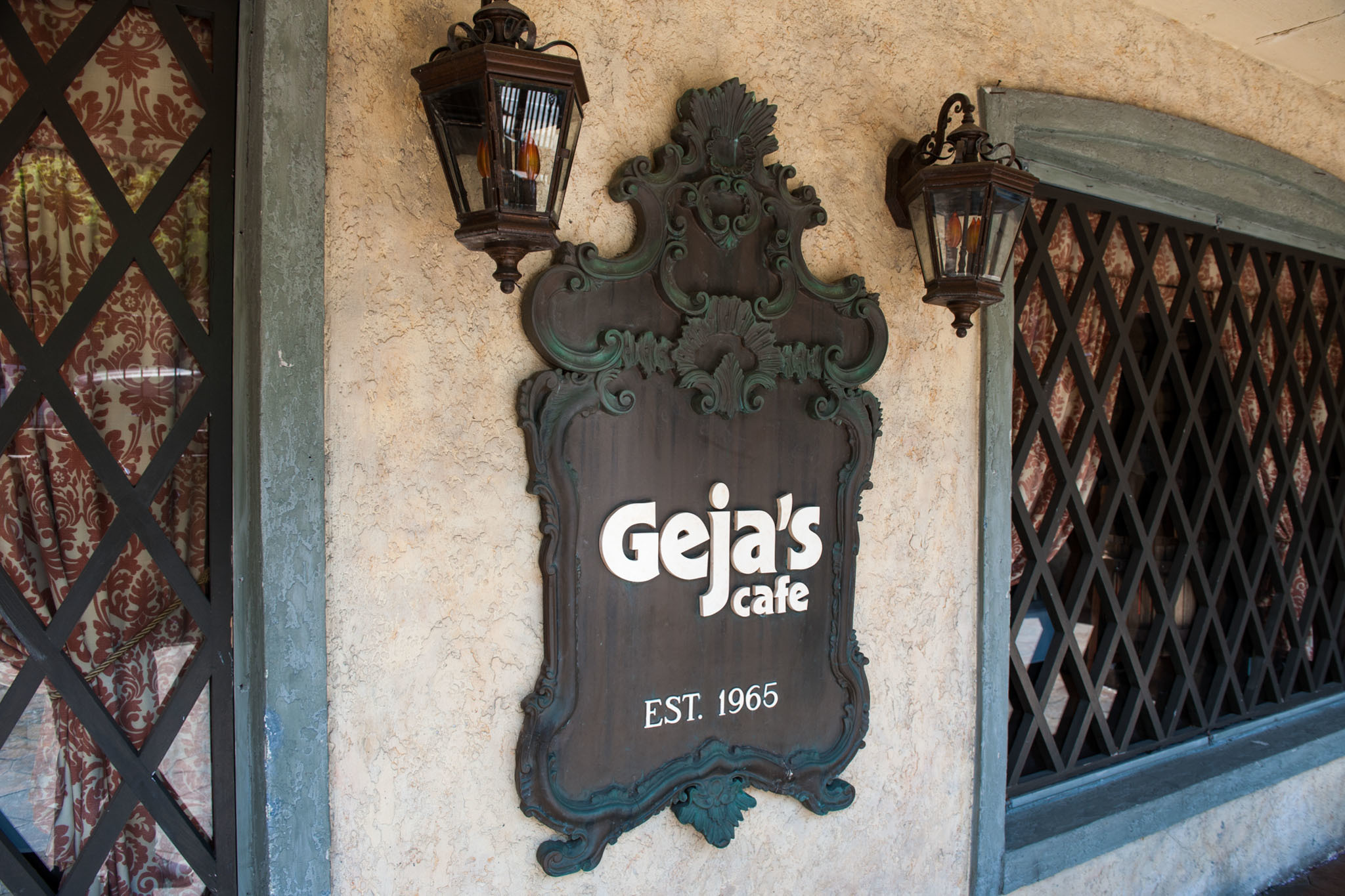 Geja's Café