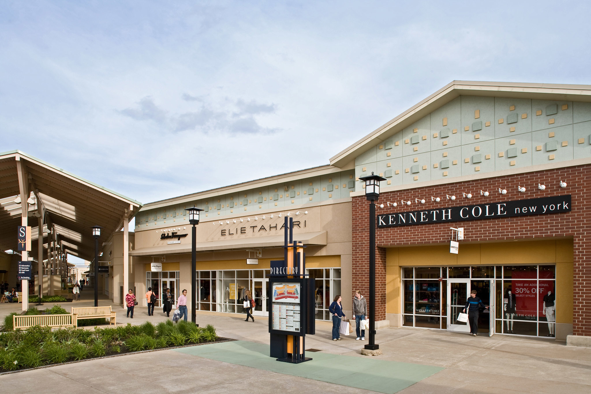 reviews of Chicago Premium Outlets