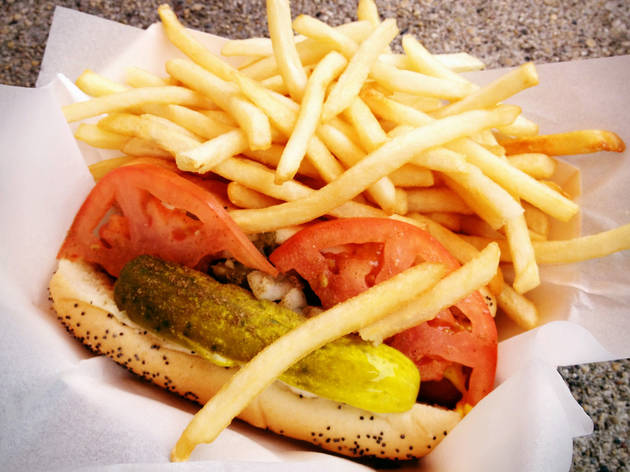 0713.chi.rb.hotdog.MustardsLastStand.jpg