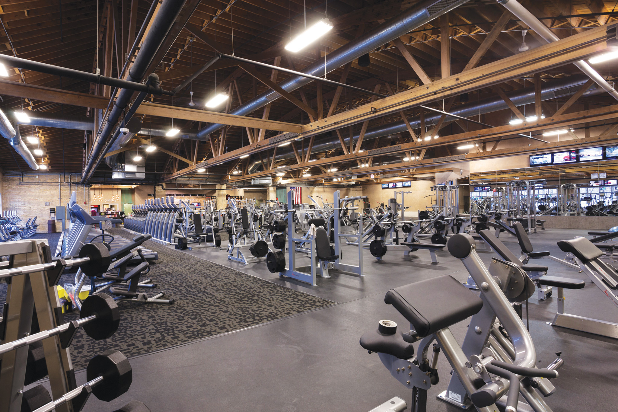 xsport fitness chicago central | sports and fitness in portage park