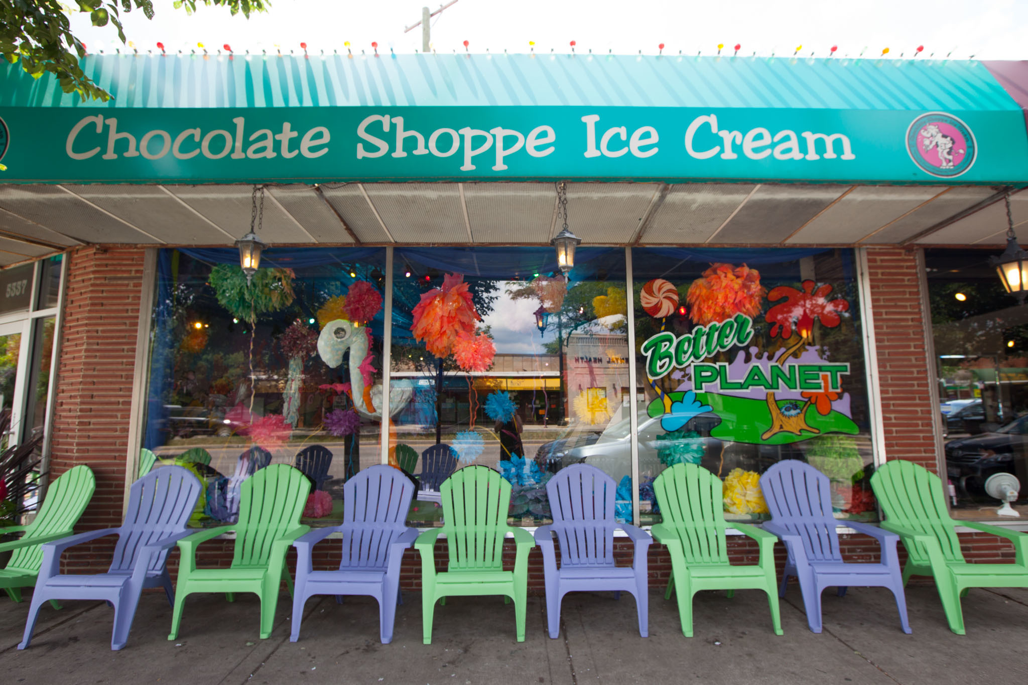 Chocolate Shoppe Ice Cream | Restaurants in Sauganash, Forest Glen ...