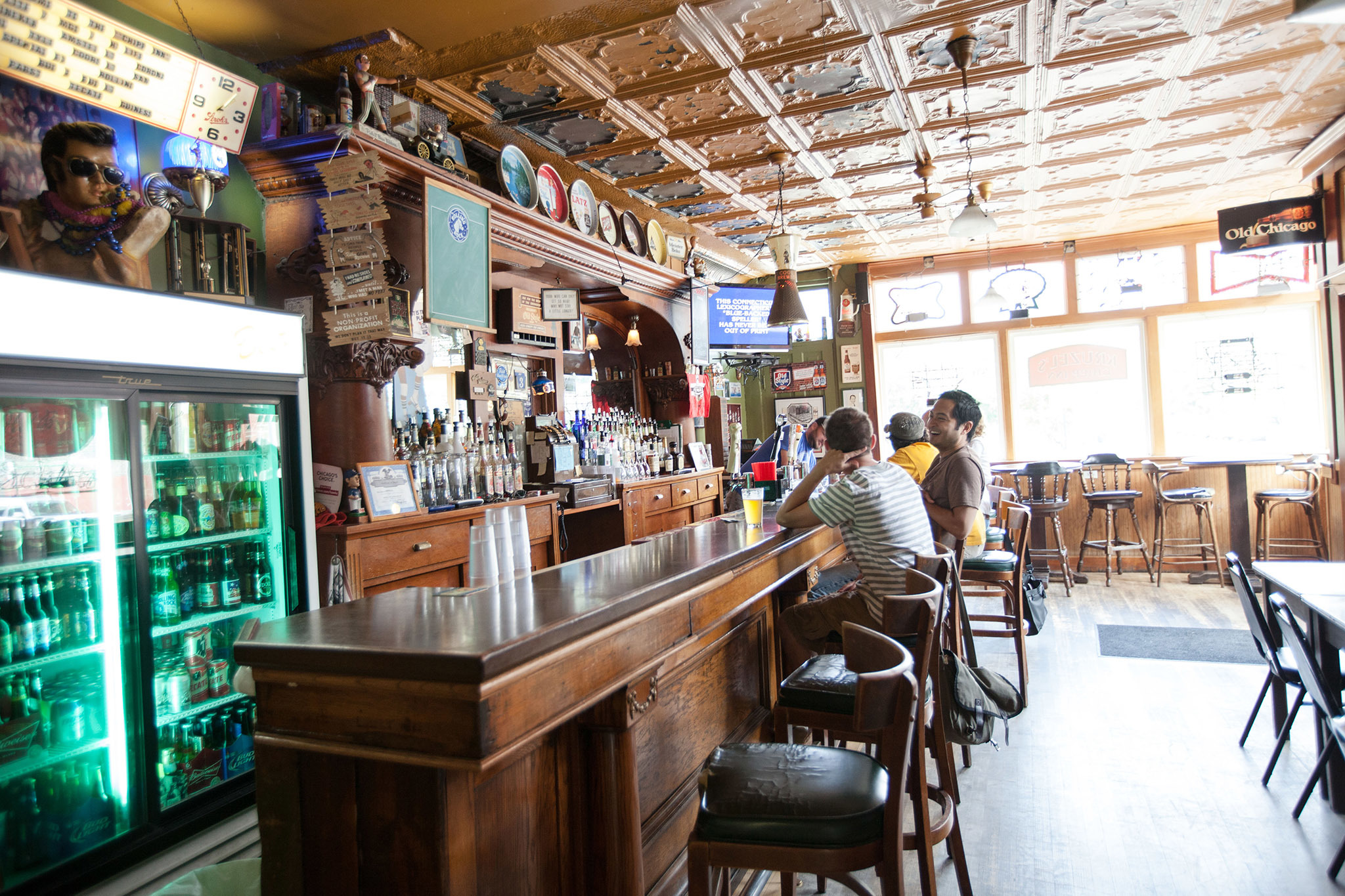 Best dive bars in Chicago