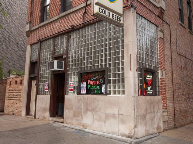 Phyllis' Musical Inn