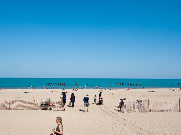 how to get to north avenue beach