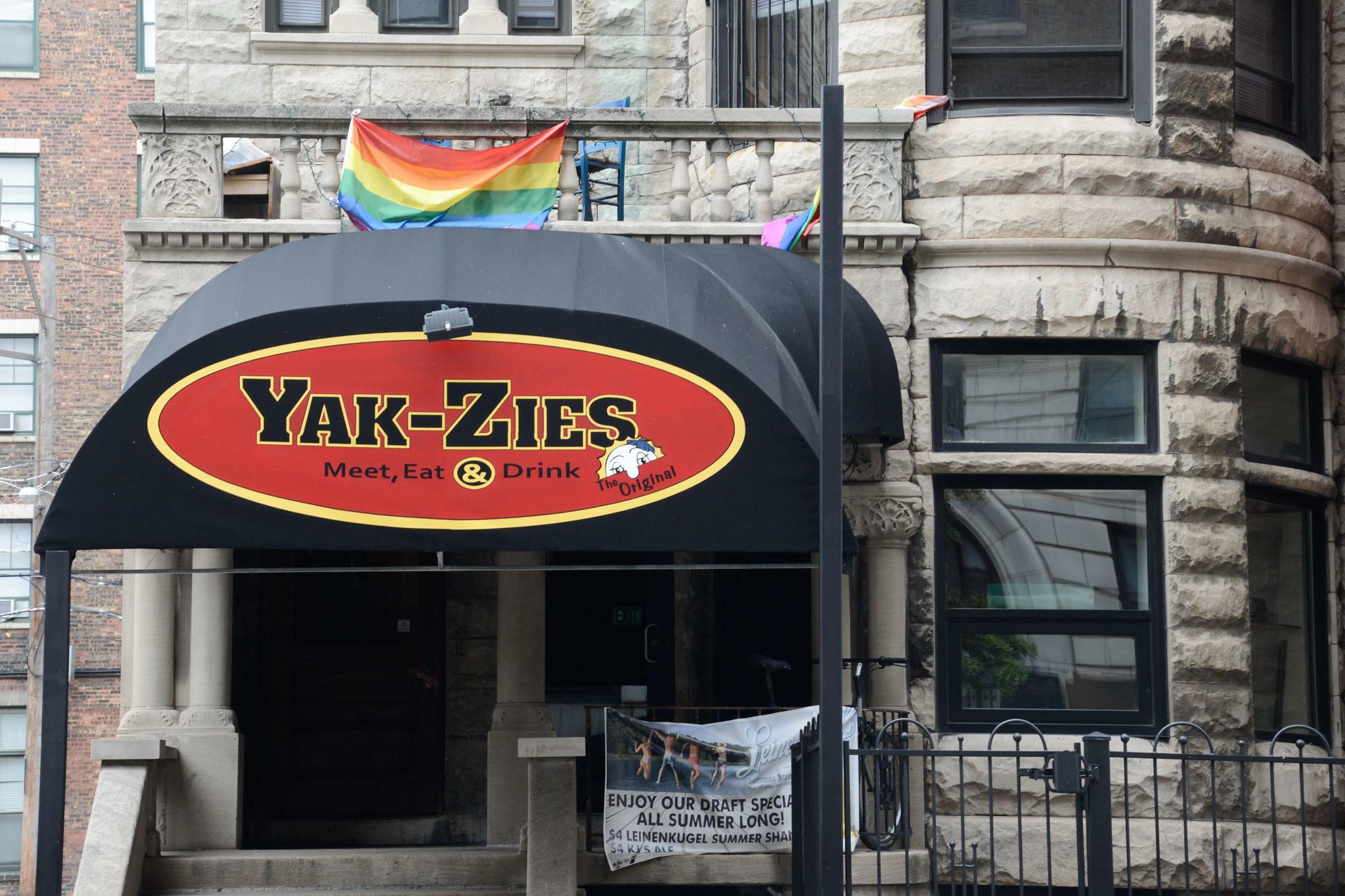 Yak-Zies Bar & Grill
