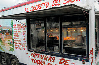 160.x600.eat.tastequest.truck1.jpg