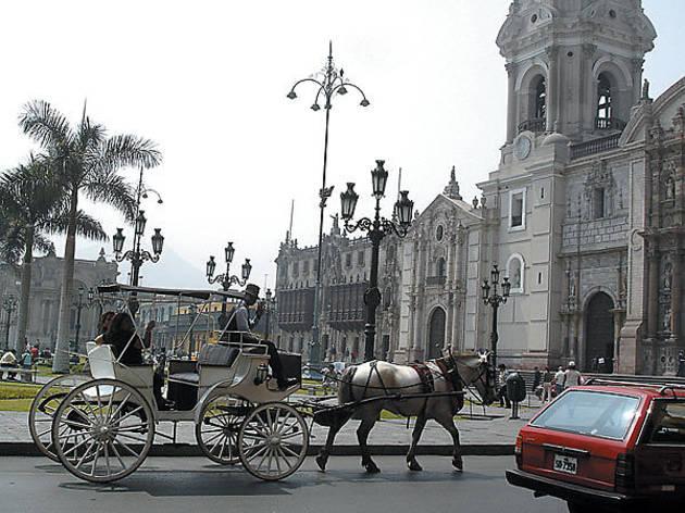 168.x600.get.peru.plazadearmas.t.jpg