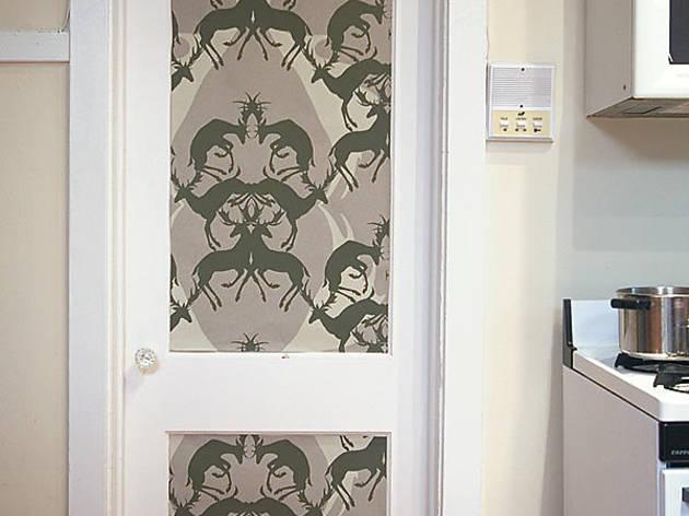171.x600.get.wallpaper.door.jpg