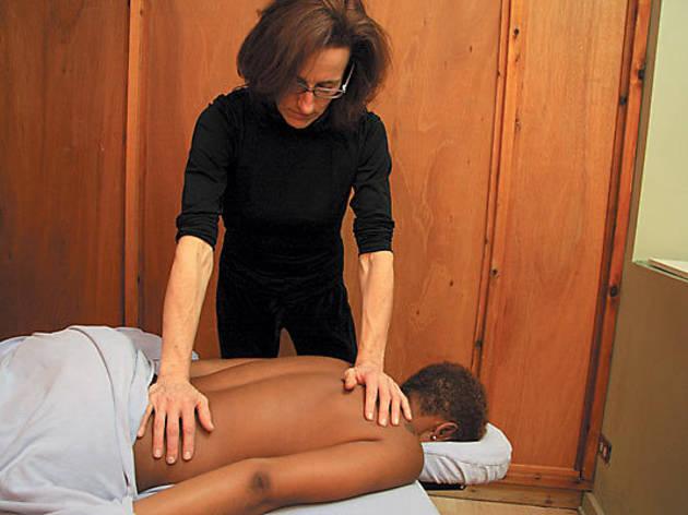 204.x600.feat.massage.chicagotou.jpg
