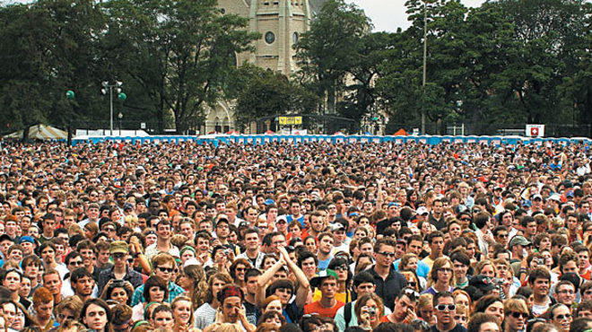 Pitchfork Music Festival packs a crowd into Union Park.