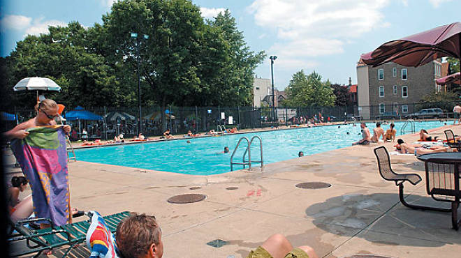 The Best Chicago Swimming Pools To Cool Down In This Summer