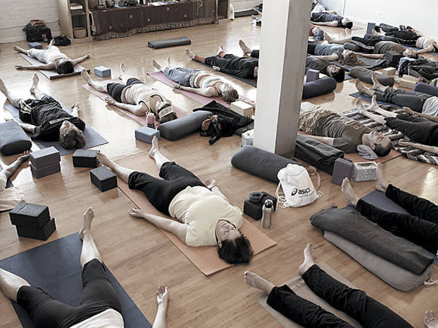 238.x600.feat.free.Yoga.jpg